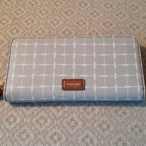 Fossil Mila Clutch Grey and Brown Leather Wallet